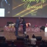 Nildari Kumar being felicitated by the SKP & Co Founder Sudit K Parekh